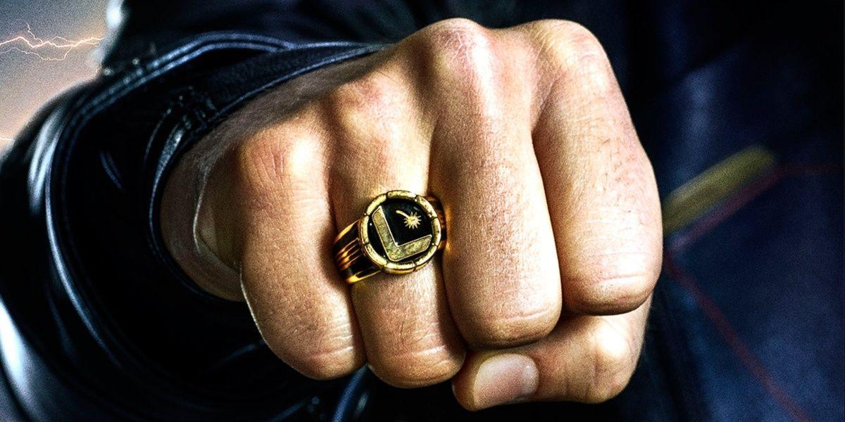 DC Producing Flight Rings To Celebrate Legion of Super-Heroes' Return