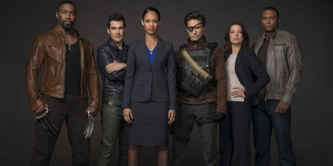 Arrow Producer On Having to Kill Off the Show's Suicide Squad