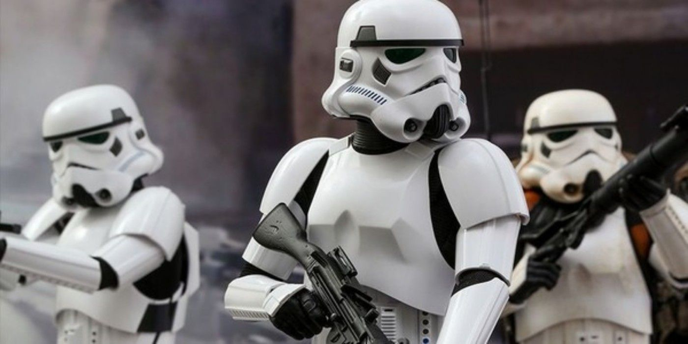 Star Wars: Why the Empire & First Order Prefer Stormtroopers to Clones
