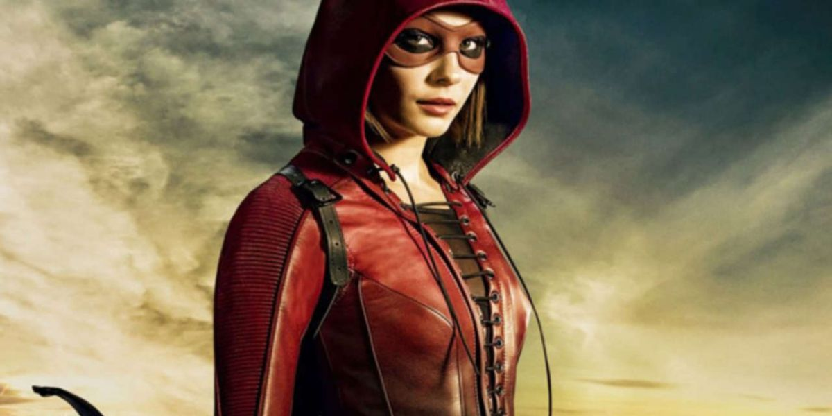 Arrow Synopsis Explains What Brings Thea Back to the Show | CBR