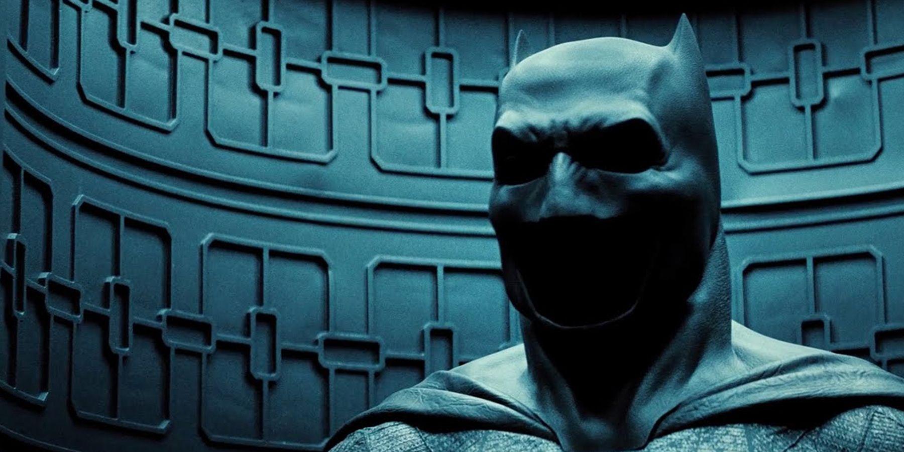 Batman v Superman Photos Reveal First Batcowl Movement Test | CBR