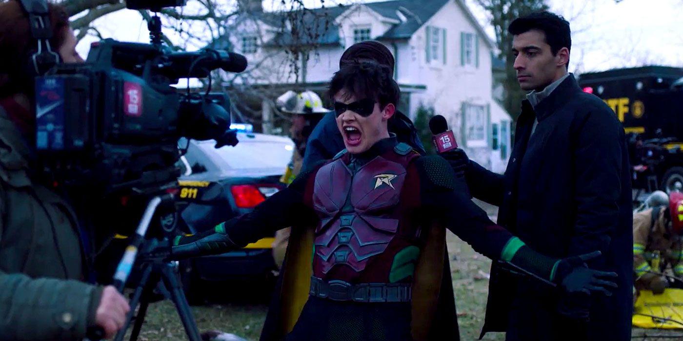 Titans Season 2 Trailer Debuts Bruce Wayne, Declares, 'We're Back, B-tches!'