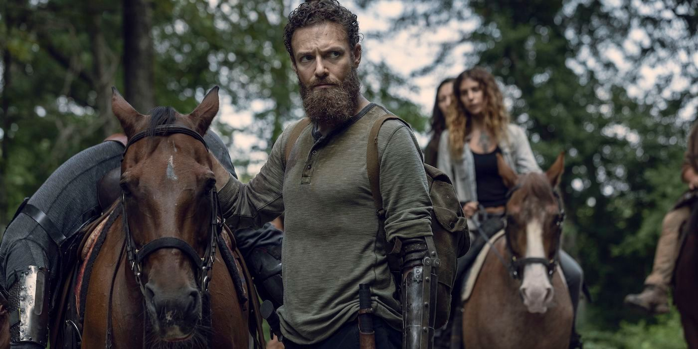 The Walking Dead Clip Debuts Aaron's New Look | CBR