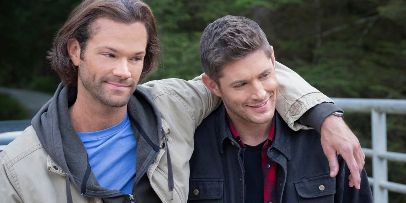 Supernatural: Ackles and Padalecki Share an Embrace in BTS Photos From Series Finale