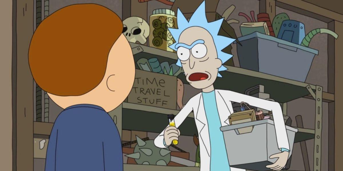 10 coisas que você nunca notou sobre a garagem de Rick e Morty 3