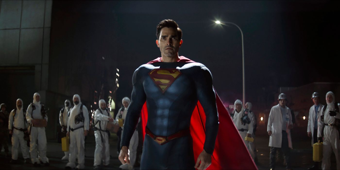 How Superman & Lois' Tyler Hoechlin Maintained His Physique During Lockdown